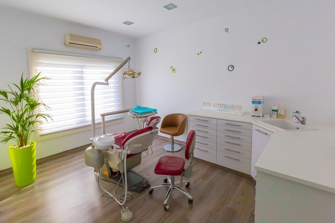 Stoma Dental Clinic Limassol-14